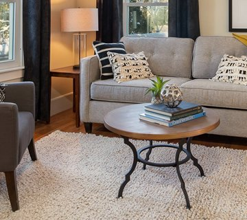 DH Design is a home staging and interior design company based in Northampton, MA